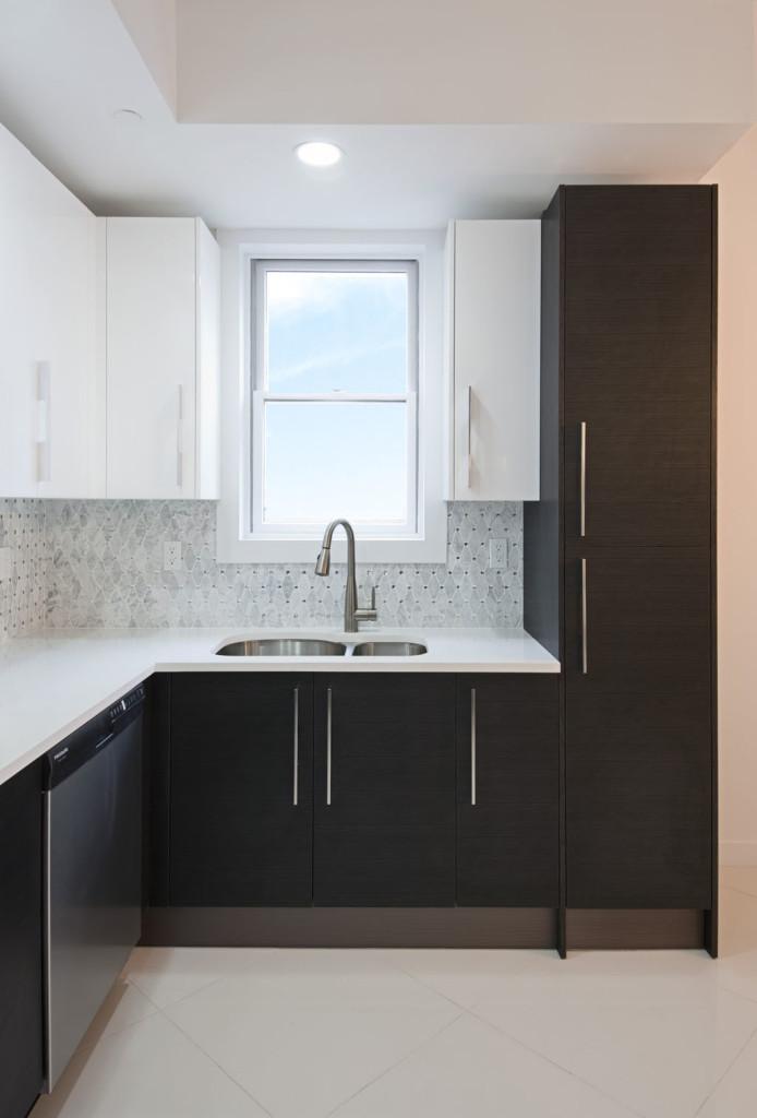 Kitchen sink double wide